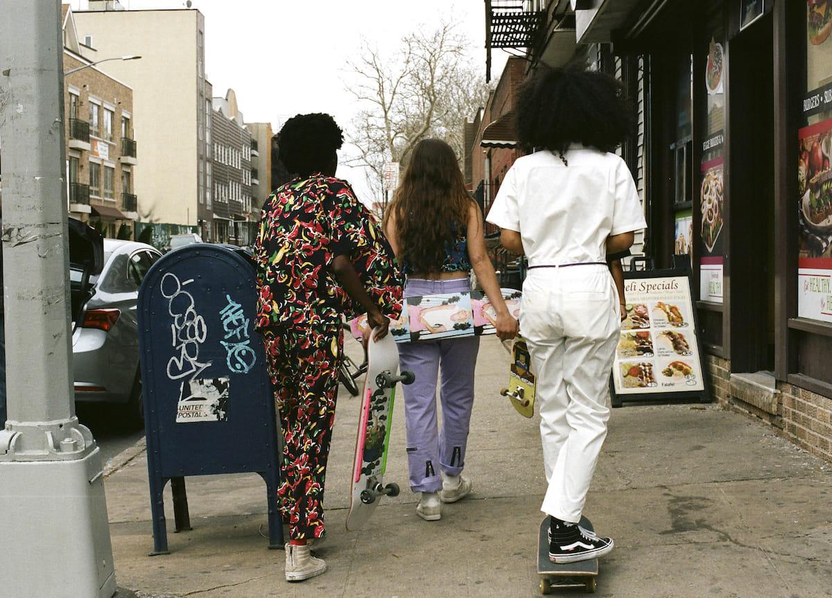 X-girl、ブランド初となるスケートボードウエアライン『#1 X-girl skateboards』が登場! fashion180525_x-girl_8-1200x863
