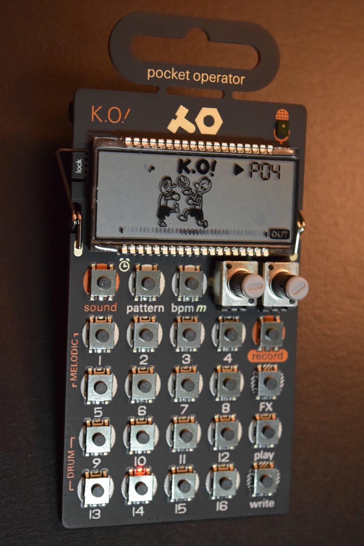 内蔵マイクからサンプリングして、すぐ曲が作れる『PO-33 K.O!』(ノックアウト!)が面白い! technology180510_po33ko_2-1200x1800