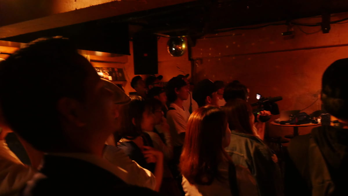 Kダブシャイン、HIPHOPの聖地で「家事ラップ」。伝説のステージと化す【ライブレポ】 kdubshine-feature11-1200x675