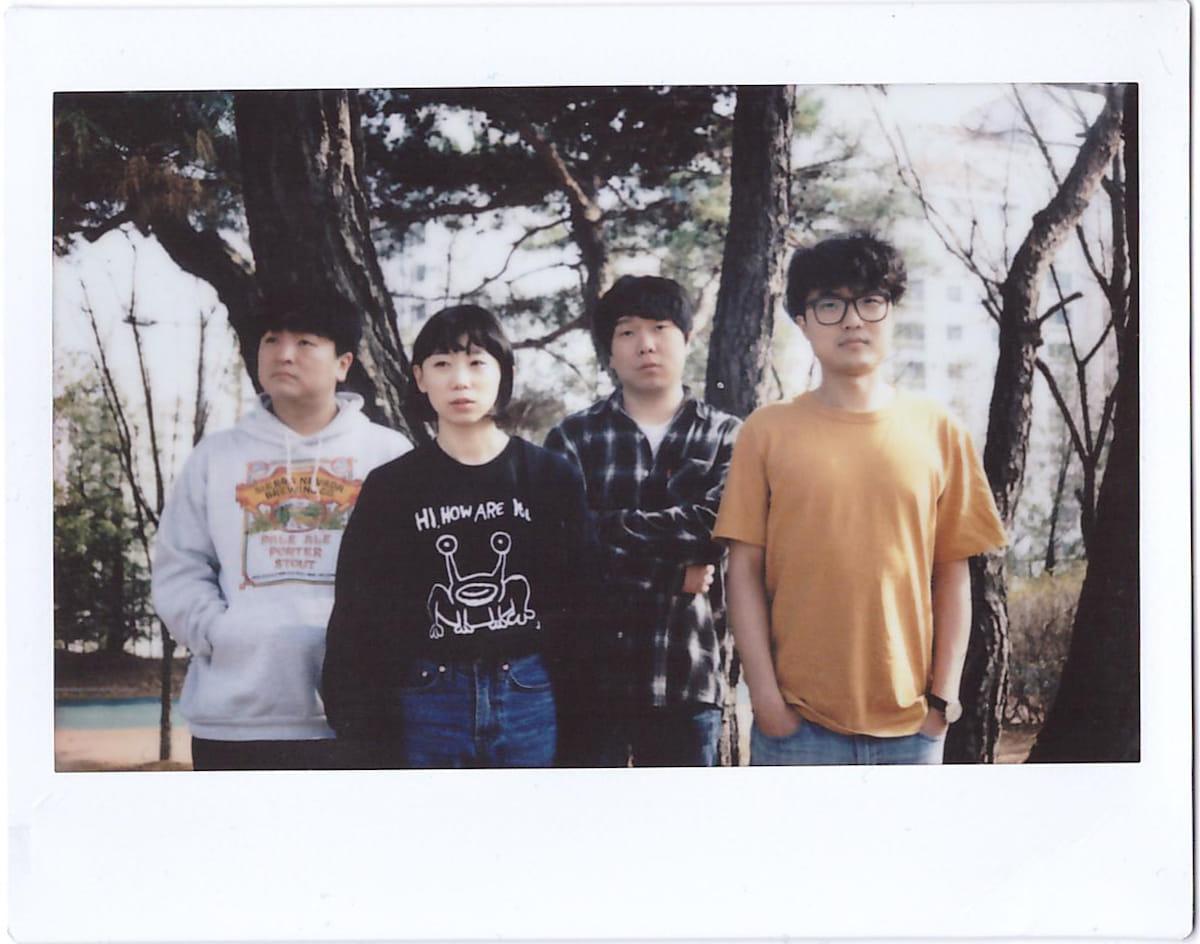 BBC Radio 6でヘビロテされた韓国のメロウなサーフロックバンドSay Sue Meが日本デビュー決定 music180604-saysueme-4-1200x944