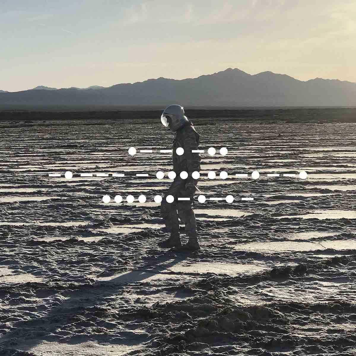 スピリチュアライズド、6年ぶりの新作リリース決定!ジェイソン・ピアースがほぼ1人で制作・録音 music180612_spiritualized_2-1200x1200