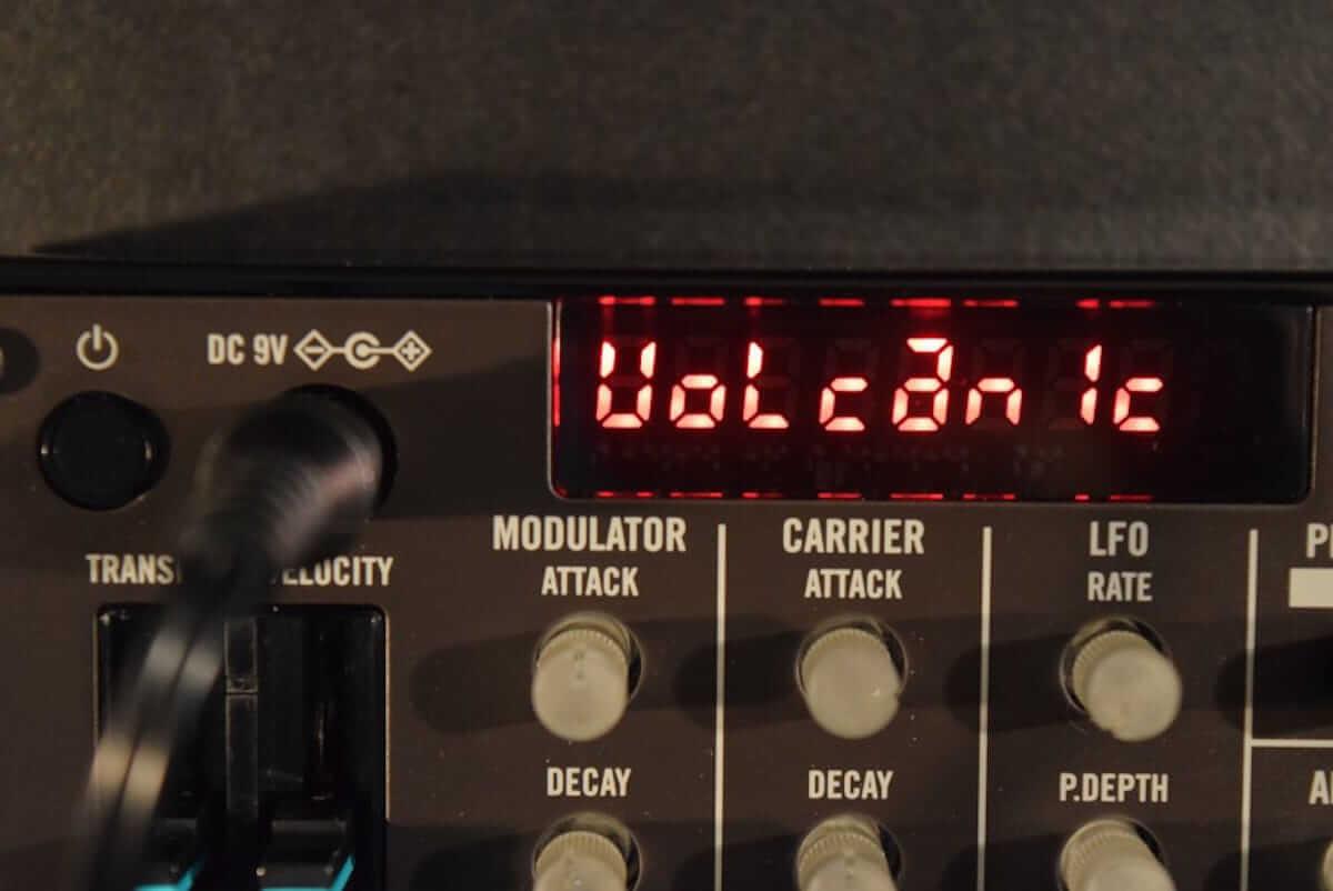 80年代に一世を風靡したFM音源をコンパクト・サイズで気軽に楽しめる、KORG『volca fm』の魅力 technology180606_volcafm_5-1200x802