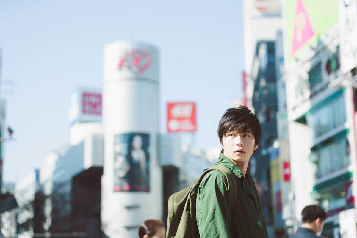 田中圭主演ドラマ『おっさんずラブ』ブームで写真集『R』が重版決定!魅力満載の写真集が再注目! art180710_tanakakei_6-1200x800