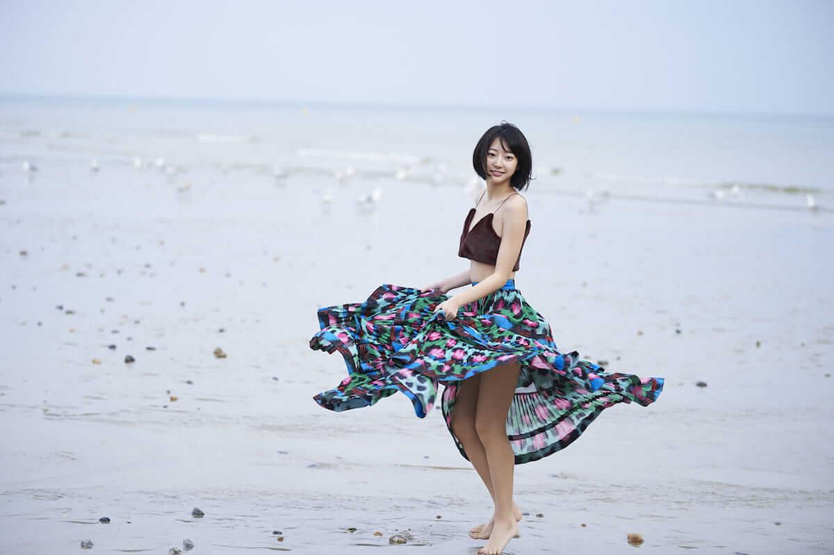 注目の美女・武田玲奈、21歳の抱負を語る!フォトブック第2弾はイギリスで撮影! art180731_renatakeda_4-1200x798