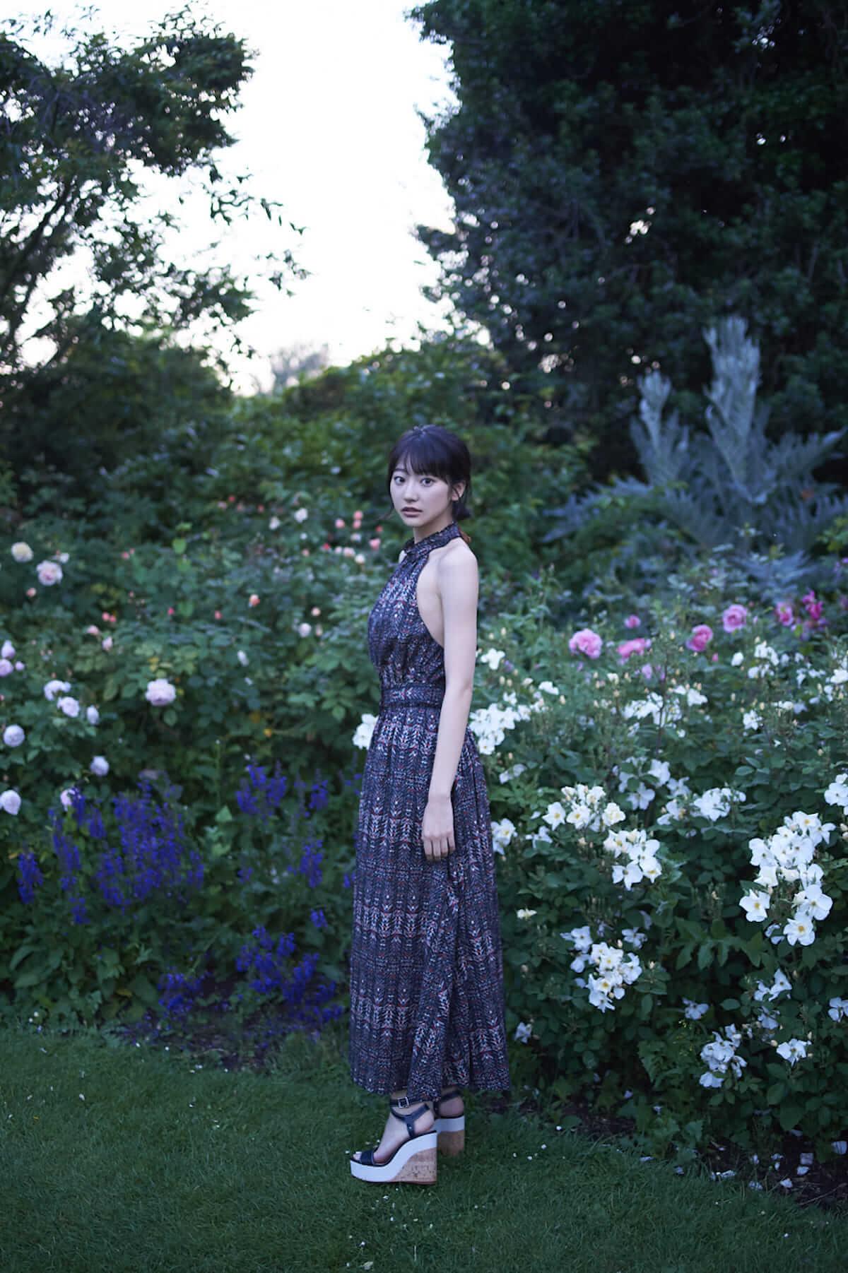 注目の美女・武田玲奈、21歳の抱負を語る!フォトブック第2弾はイギリスで撮影! art180731_renatakeda_7-1200x1802