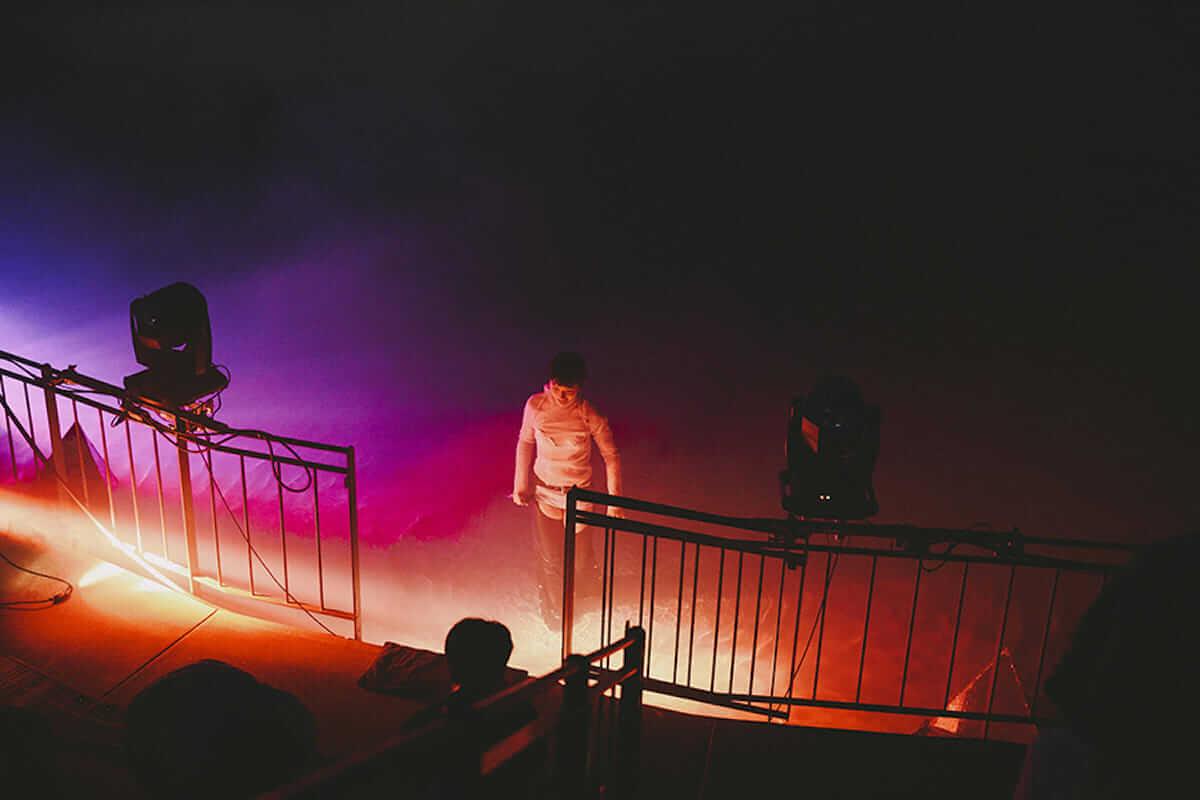 水曜日のカンパネラ 円形劇場公演レポート。全国4都市を巡る「ガラパゴスツアー」開催も決定! music180702_wedcamp_2-1200x800