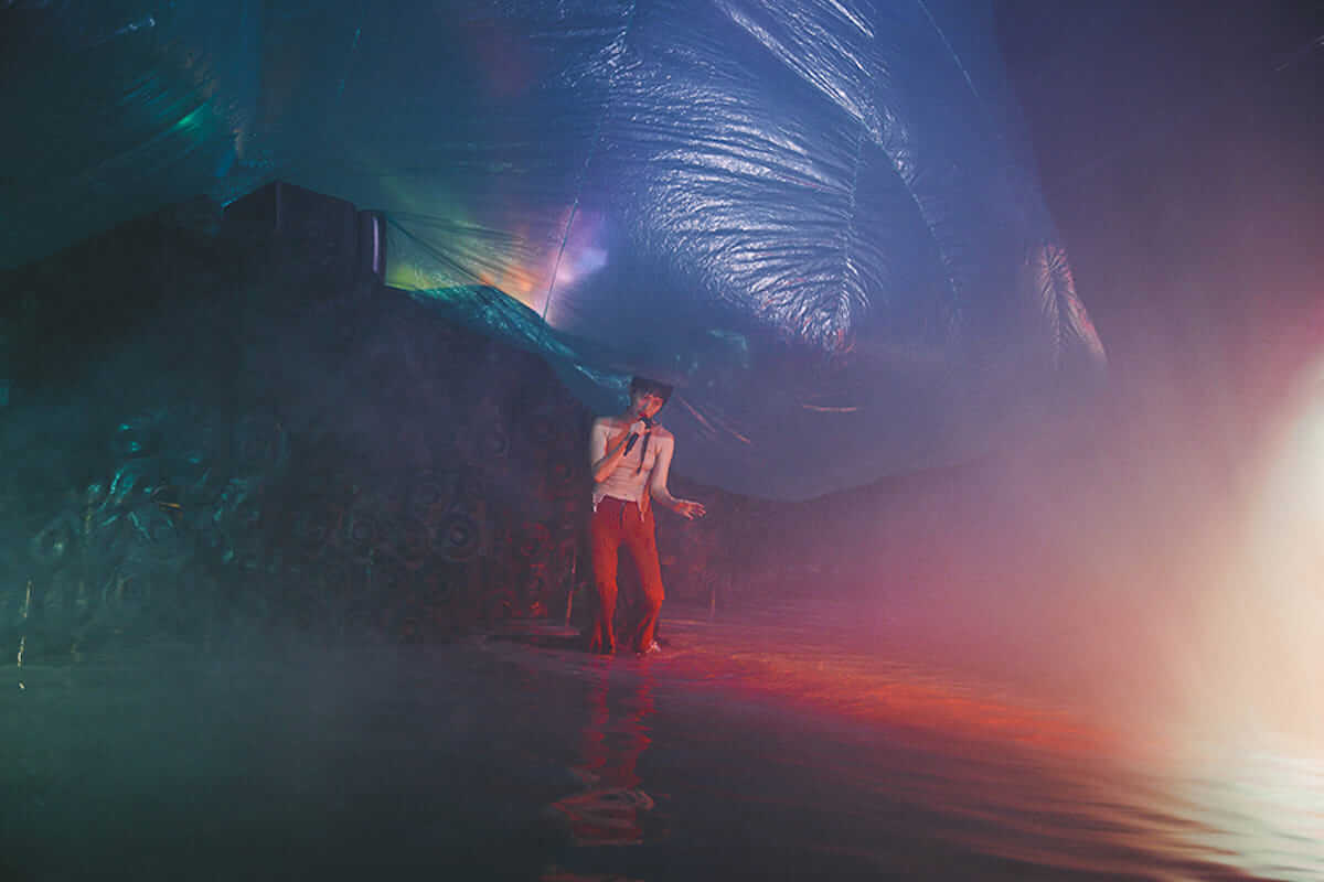 水曜日のカンパネラ 円形劇場公演レポート。全国4都市を巡る「ガラパゴスツアー」開催も決定! music180702_wedcamp_8-1200x800