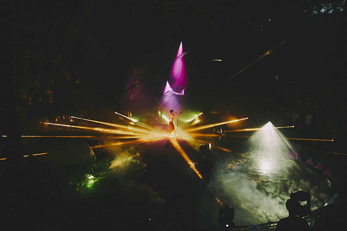 水曜日のカンパネラ 円形劇場公演レポート。全国4都市を巡る「ガラパゴスツアー」開催も決定! music180702_wedcamp_9-1200x800