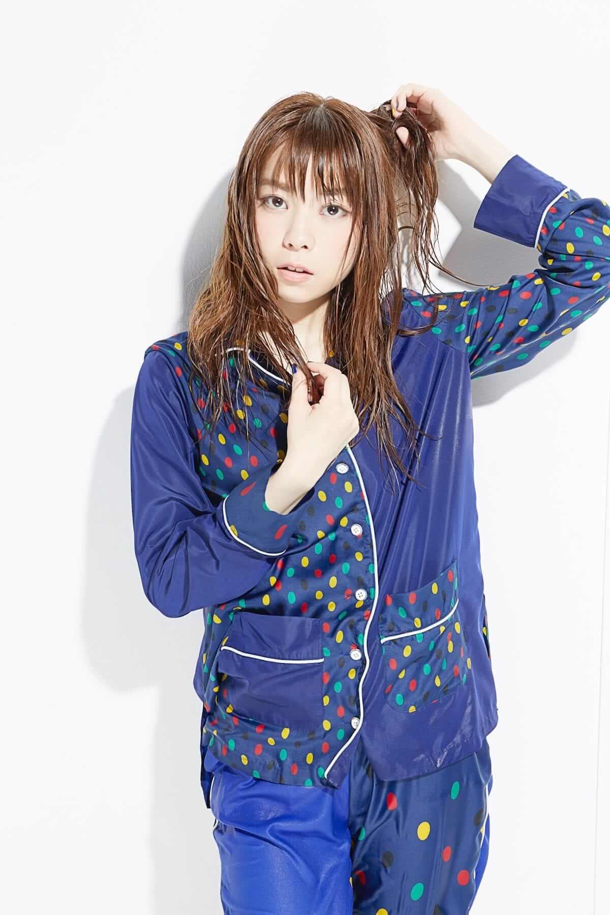 話題の現役女子大生シンガーソングライターがパジャマ姿でずぶ濡れに!? music180705_mashinomi_3-1200x1800