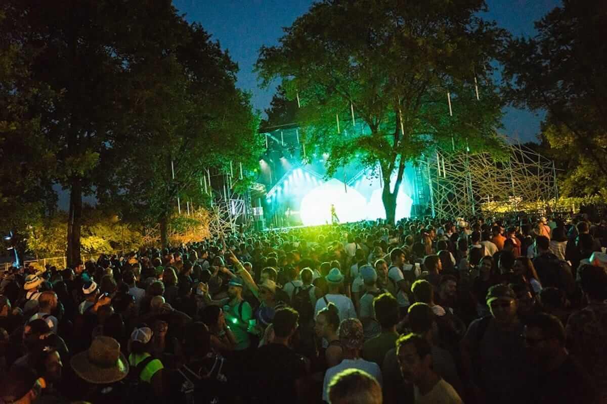 水曜日のカンパネラ、フランスの音楽フェス「Les Eurockéennes de Belfort」で躍動!ヨーロッパのファンを魅了 music180710_wedcamp_4-1200x800