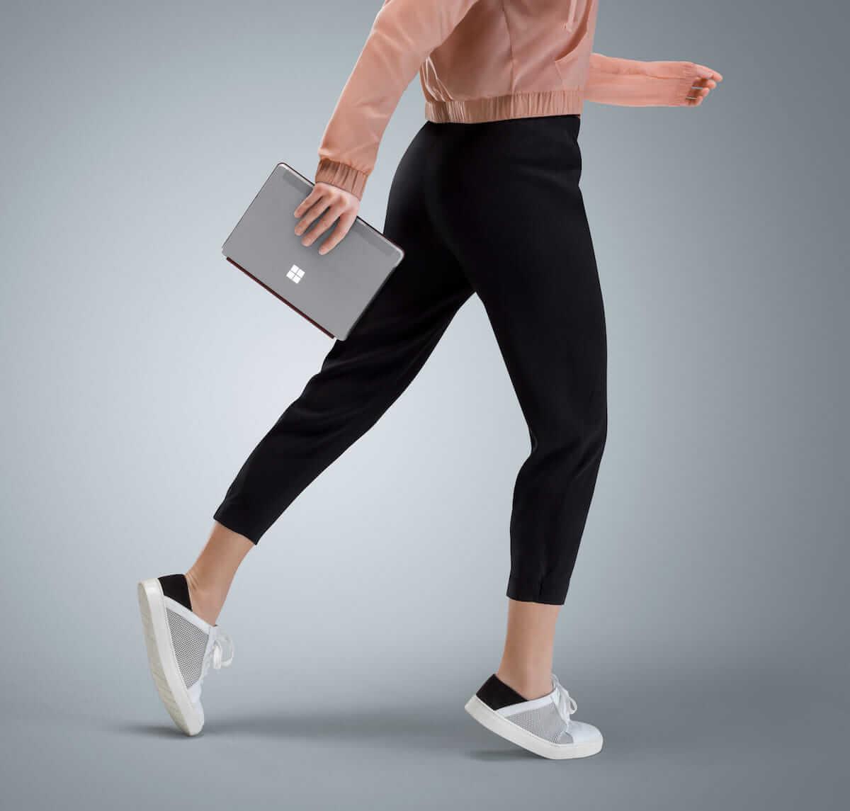 Surface GoはiPad Proを殺すのか?低価格、マウスも使えてフルOS搭載 technology180711_surface-go_2-1200x1145