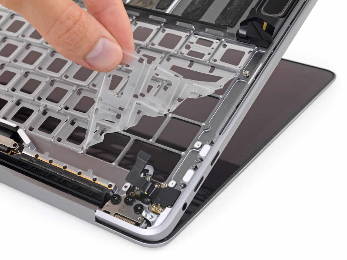 新MacBook Pro、キーボード問題は解決されている可能性が濃厚に!分解検証、内部文章リークで判明? technology180720_macbook-pro_01-1200x900