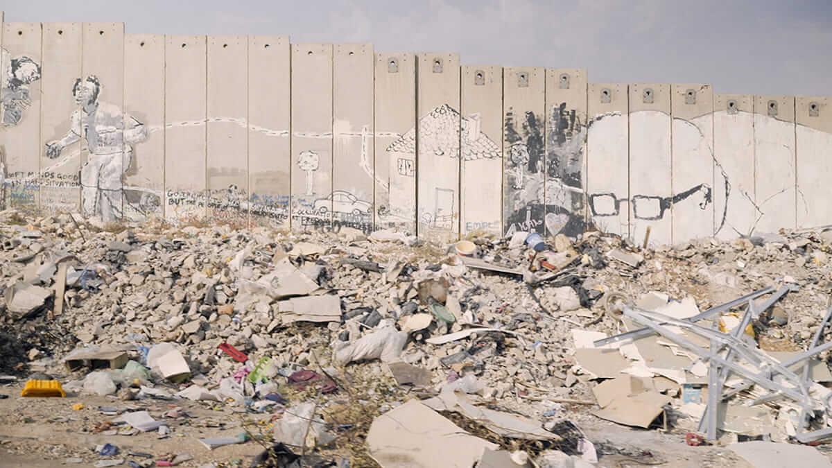 イスラエルで芸術活動を行う是非|レディオヘッド、村上春樹、バンクシー、ロード、ラナ・デル・レイの場合 art180820_israel-art_4-1200x675