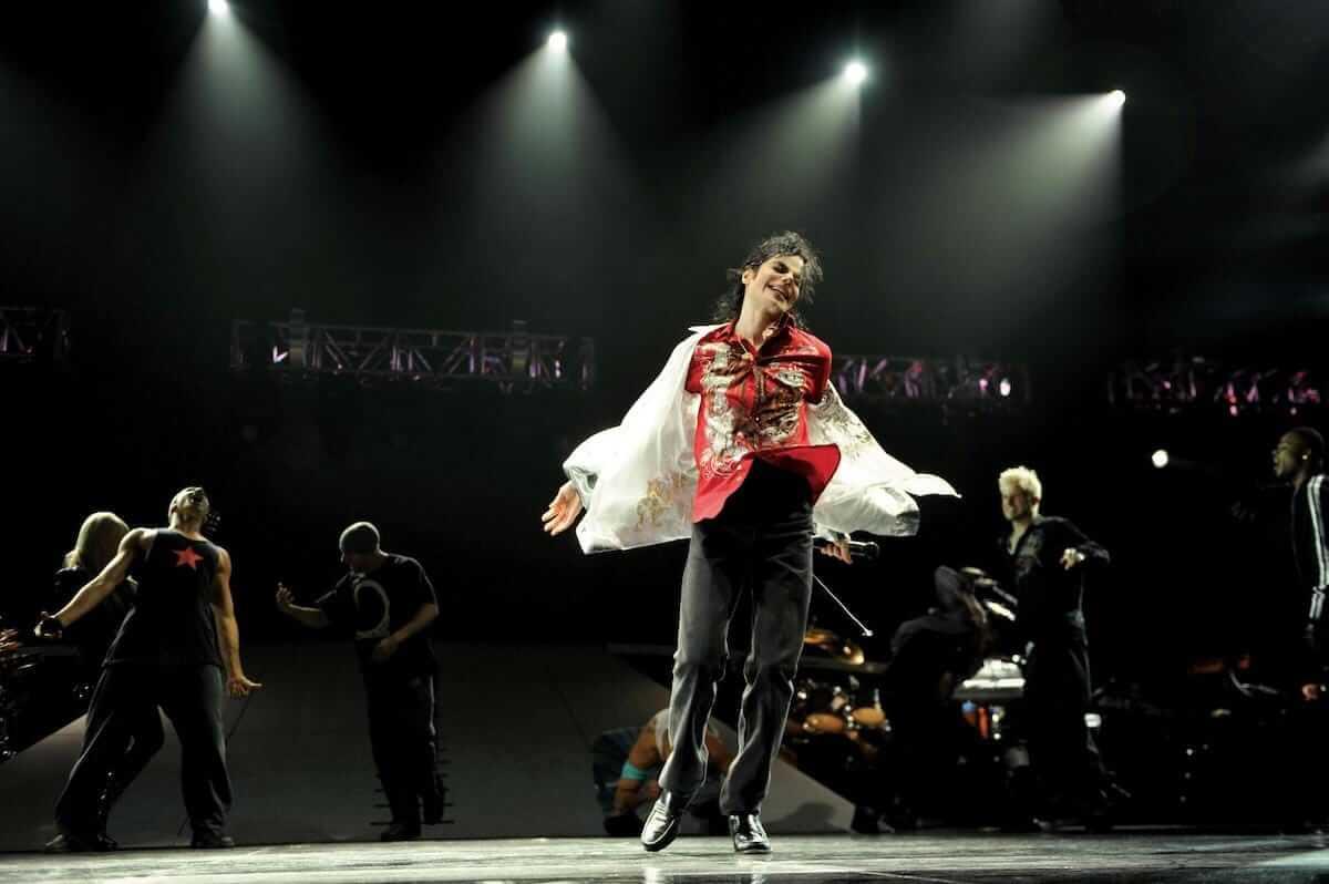 ラジオ番組『Tokyo Brilliantrips』連動!マイケル・ジャクソン別人歌唱疑惑などをご紹介! music180827_michaeljackson_01-1200x798