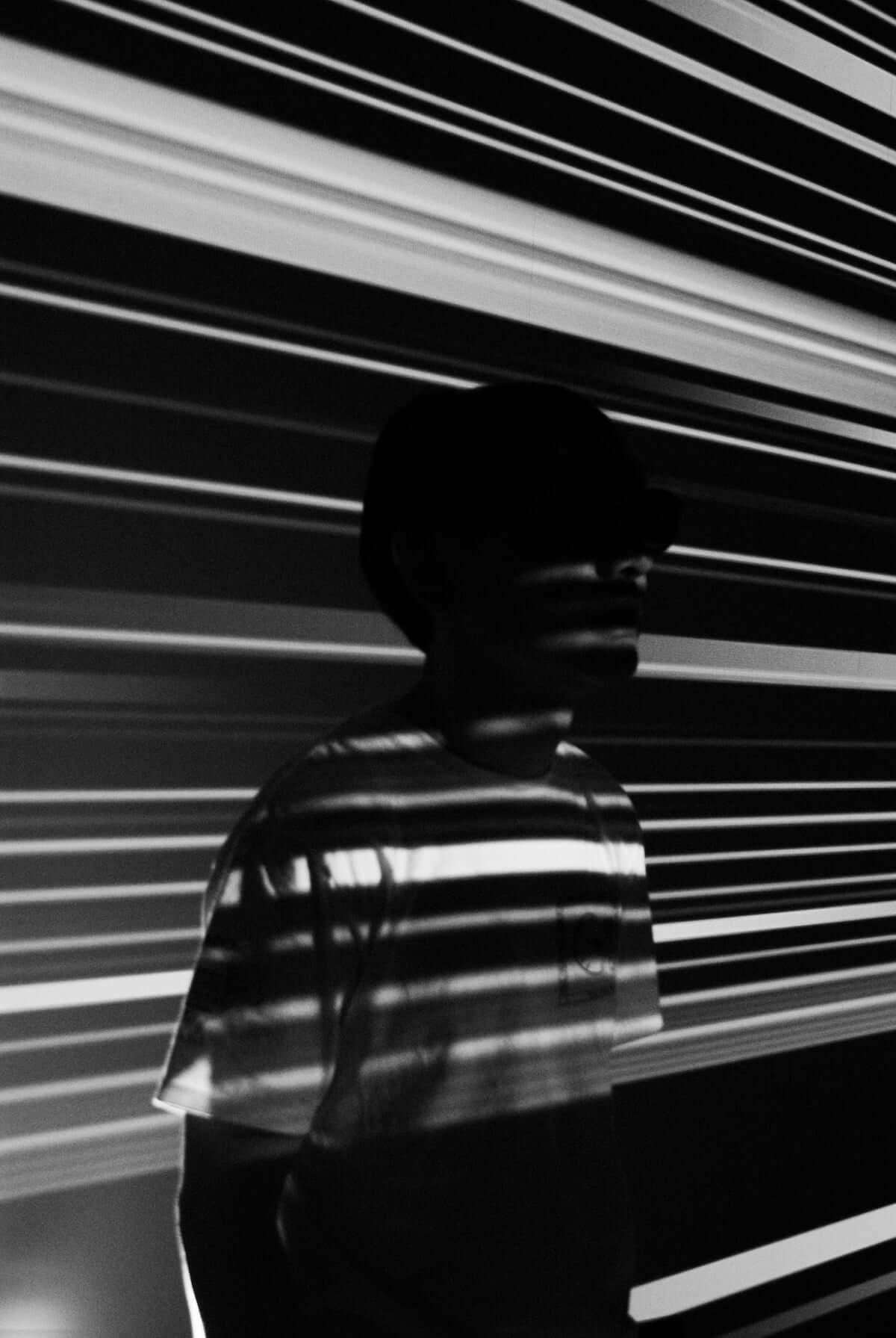 コーネリアス「Ripple Waves」ジャケット写真公開 「Mellow Waves」に続き、銅版画家・中林忠義が手掛ける music180829-cornelius-sound-1-1200x1791
