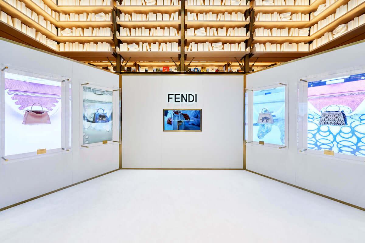 フェンディ、アイコンバッグ「ピーカブー」誕生10周年記念エキシビション開催中!森星、安藤桃子、ゆう姫が参加 fashion180922_fendi_5-1200x801