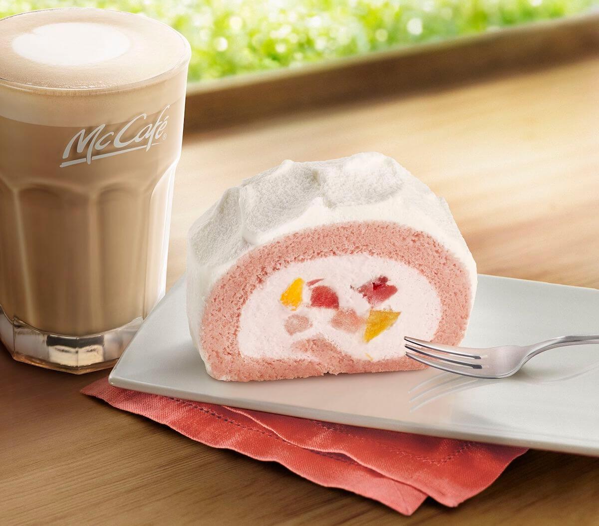 マクドナルド、新作メニュー「いちご&もも贅沢ロールケーキ」一部店舗で登場! food180927_mcdonalds_1