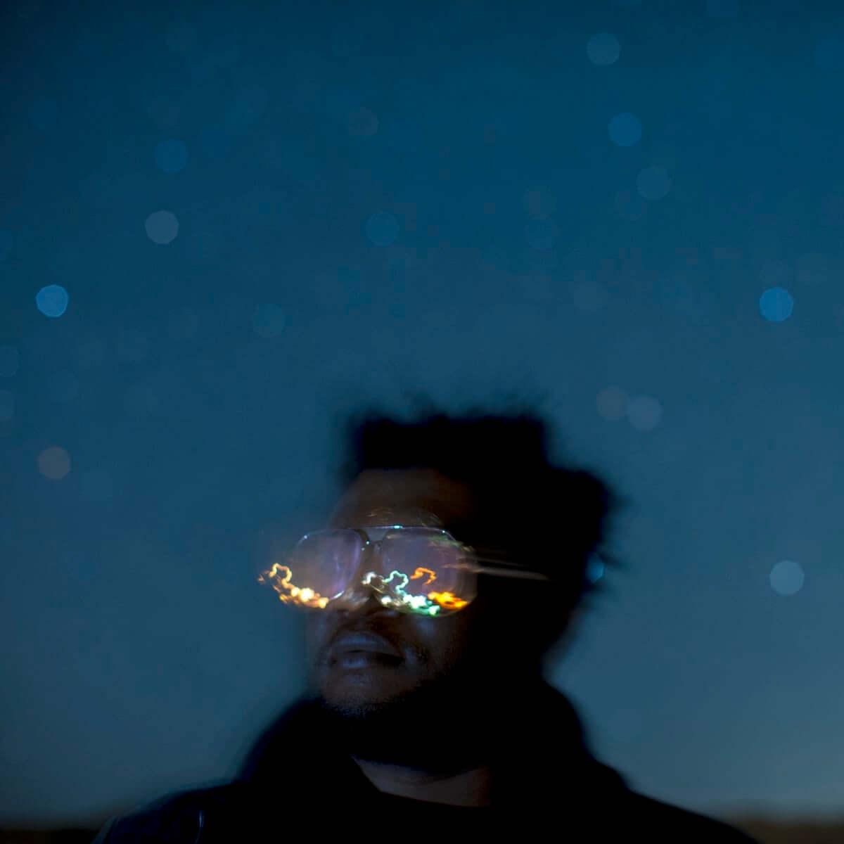 LA新世代ジャズを牽引する「プロフェッサー・ブギー」ことブランドン・コールマンの新曲MVが公開 music180904-brandon-coleman-1-1200x1200