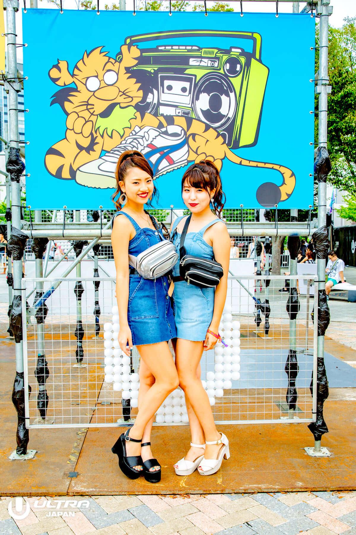 ULTRA JAPAN 2018公式ファッションスナップ到着!今年のトレンドはリンクコーデ? music180918_ultrajapan2018_1_13-1-1200x1800
