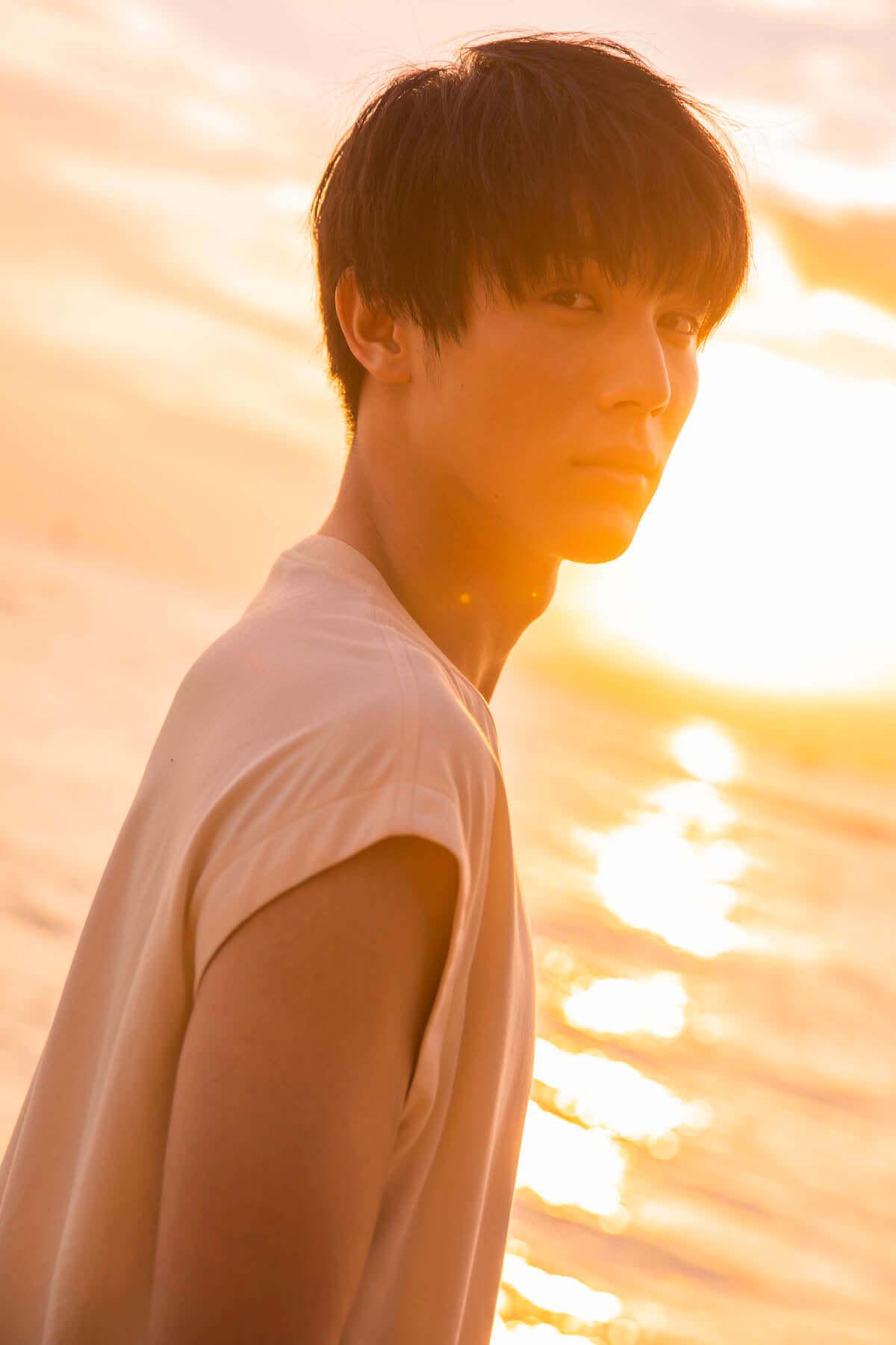 ドラマ『花晴れ』で天馬役を好演!中川大志、二十歳の素顔がハワイで撮影! art181031_taishi-nakagawa_3-1200x1800