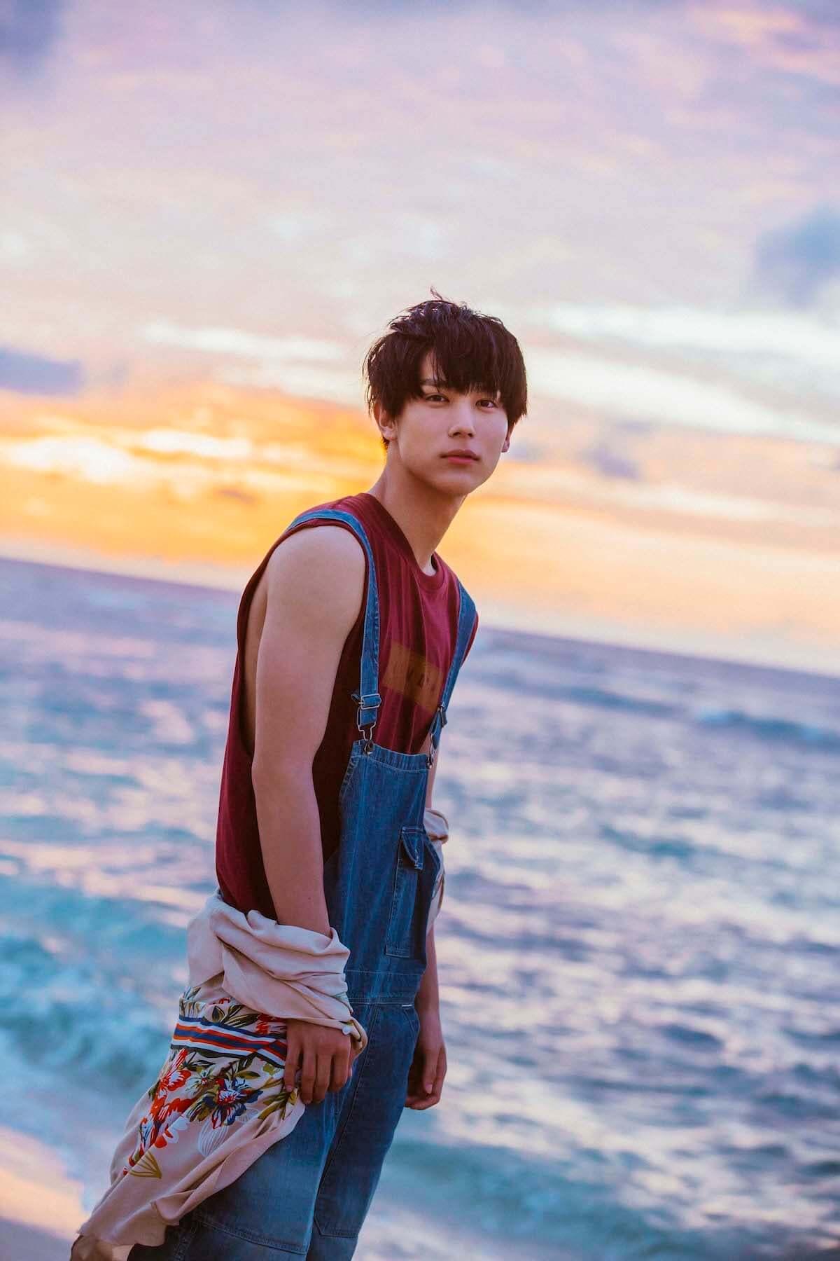 ドラマ『花晴れ』で天馬役を好演!中川大志、二十歳の素顔がハワイで撮影! art181031_taishi-nakagawa_4-1200x1800