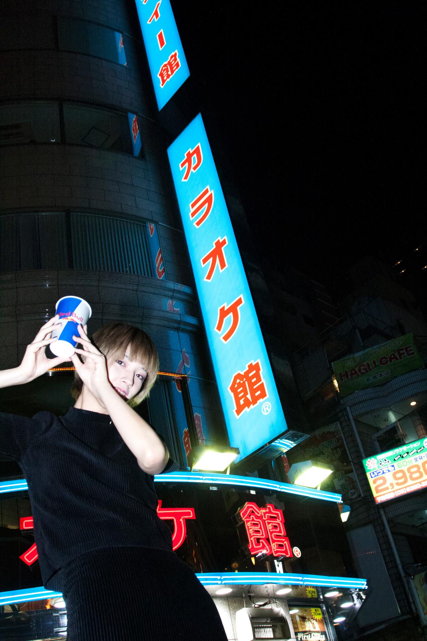 コウキシン女子の初体験 vol.11 まりりん:LOST IN KARAOKE@新宿カラオケ館 column181011-red-bull-music-festival-tokyo-2018-lost-in-karaoke-34