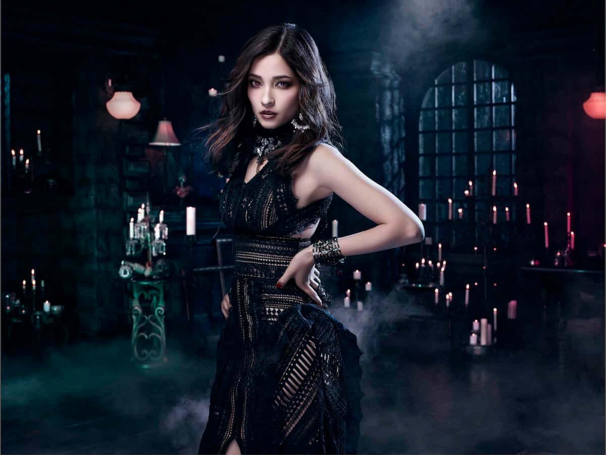 ハロウィンメイク|簡単でかわいい本格的なヴァンパイアメイクの方法が大公開! fashion181015_halloween-makeup-kate_1-1200x901