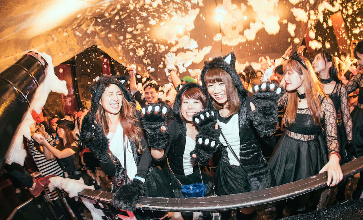 渋谷で未成年OKの最狂ハロウィンイベント<泡ハロウィン>開催! life181009_awapa-halloween_5-1200x730