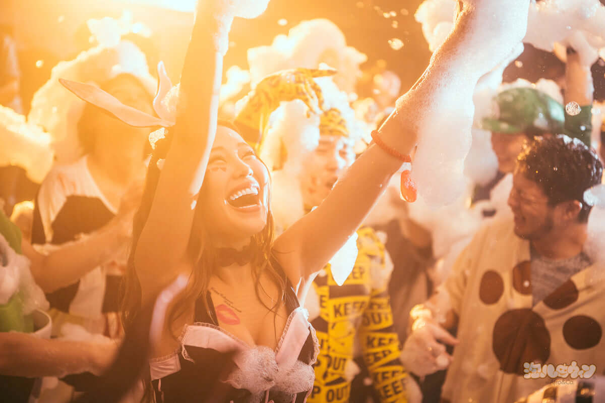 渋谷で未成年OKの最狂ハロウィンイベント<泡ハロウィン>開催! life181009_awapa-halloween_6-1200x799