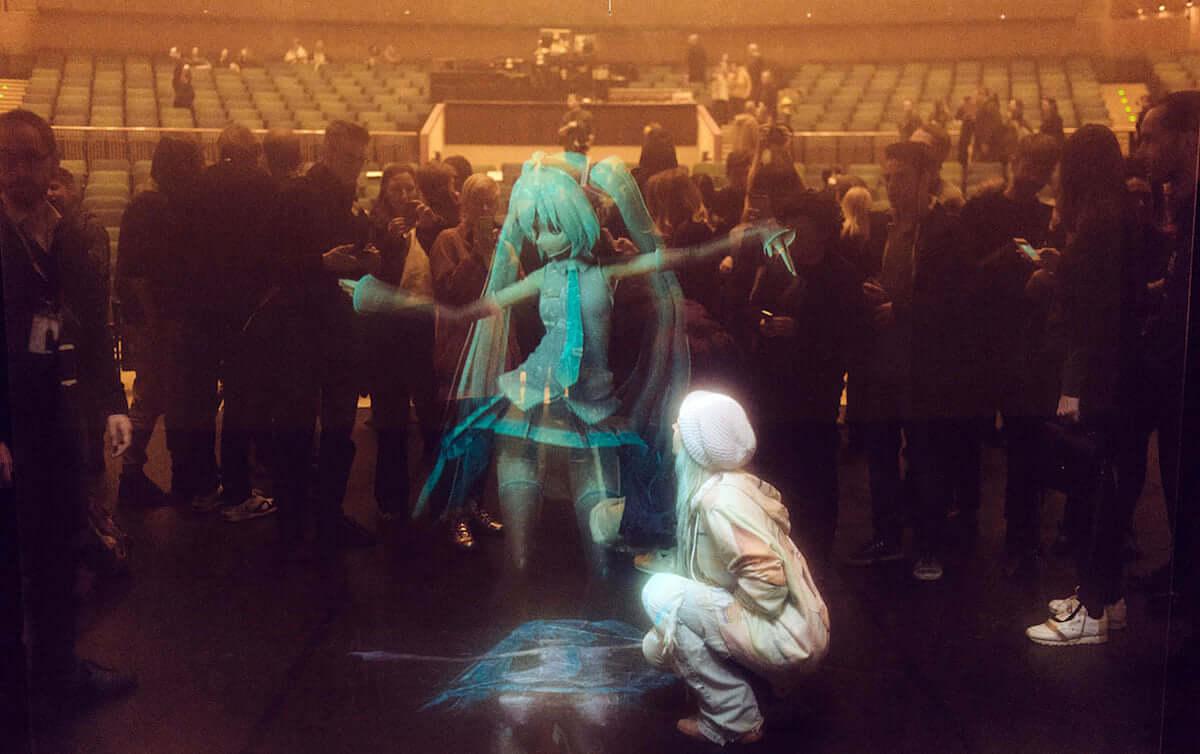 コーネリアス、ジェフ・ミルズ、初音ミクら出演!世界最先端のデジタルアートの祭典『MUTEK.JP2018』 music181030_mutek_2-1200x754