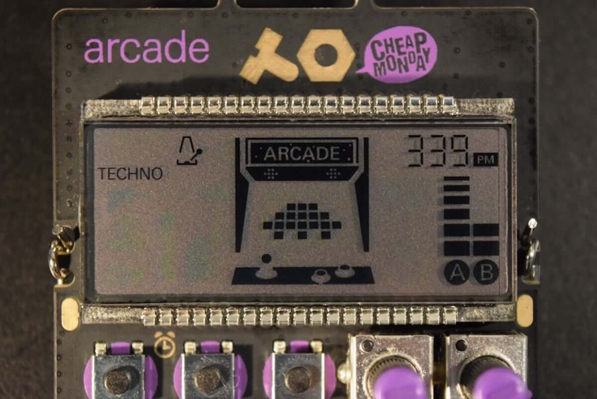 アーケード・ゲームみたいなサウンドとグラフィックスが楽しめる、小型シンセサイザー『PO-20 arcade』の魅力! technology181025_teenageengineering_04-1200x802