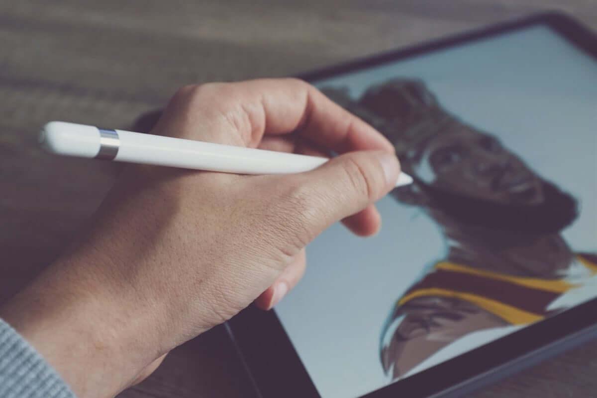 Apple Pencil(第2世代)は便利になった!でも、iPad Pro旧モデルとの互換性なし。 technology181030_applepencil_01-1200x801