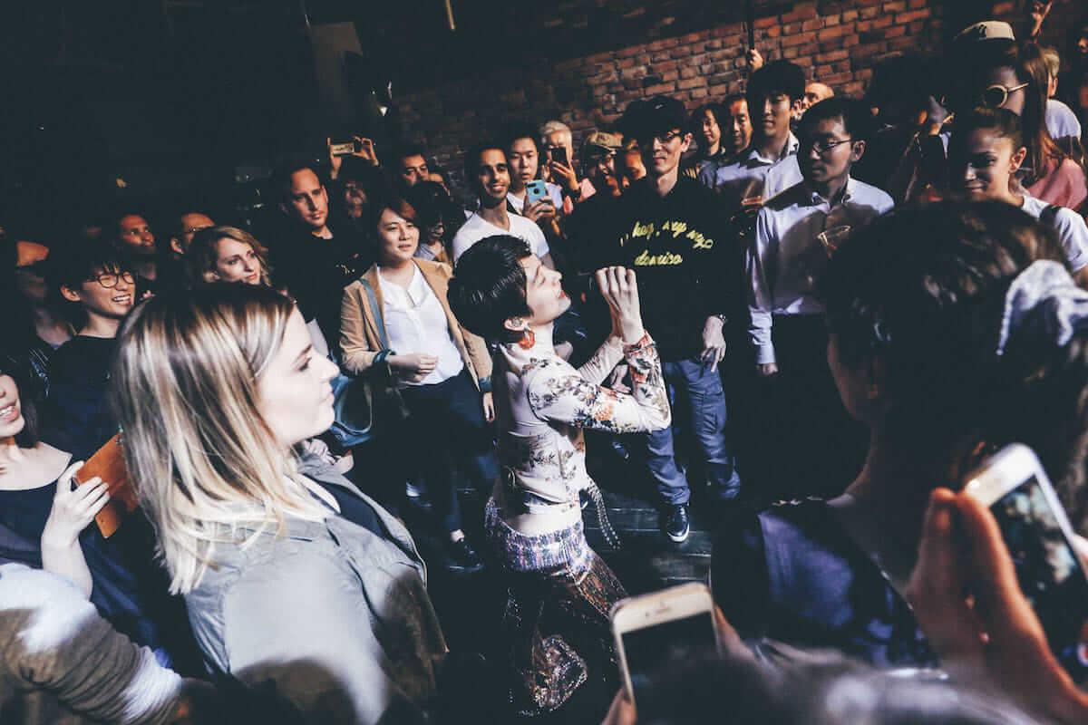 水曜日のカンパネラ×サマソニ出演のフレンチ・ポップバンドMoodoidがコラボ新曲を披露。代官山 SPACE ODD、ライブフォトレポート 0434-1200x800