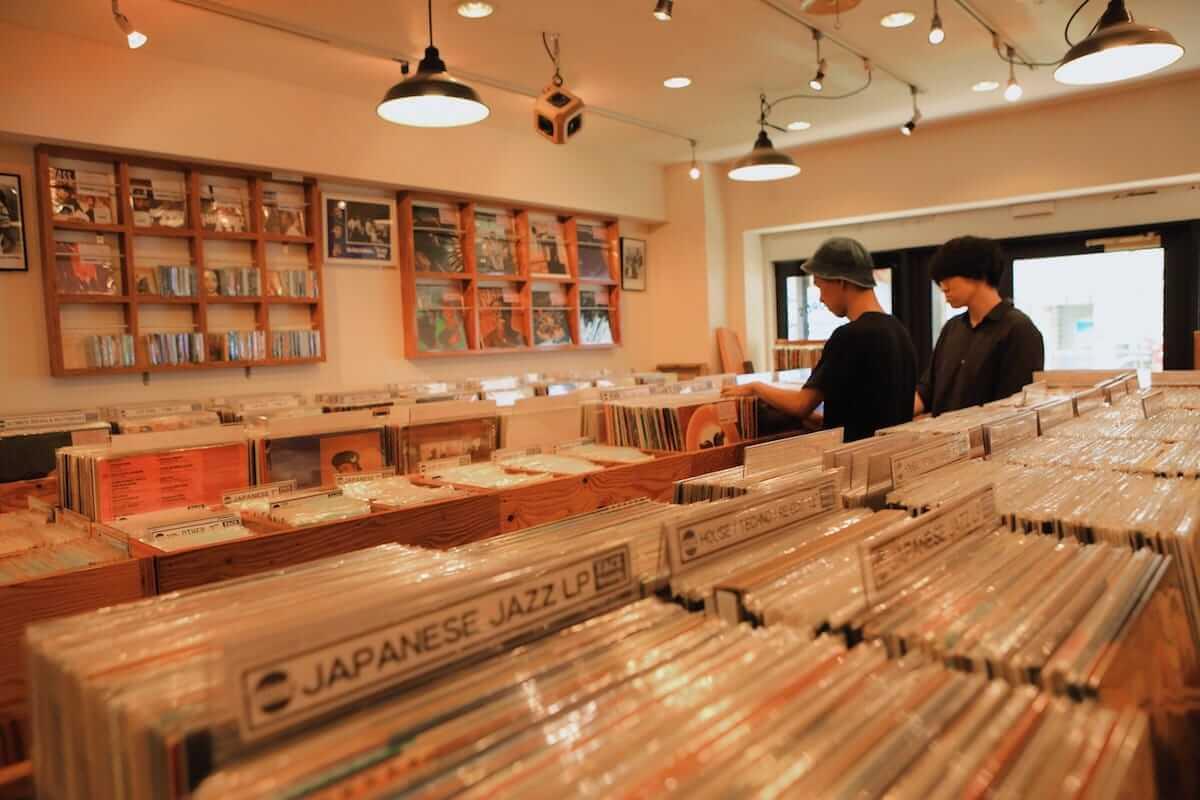 レコード初心者でも安心!FACE RECORDS&GENERAL RECORD STOREの店長が語るレコードの魅力と選び方 artculture180817_facerecords-generalstore_18-1200x800