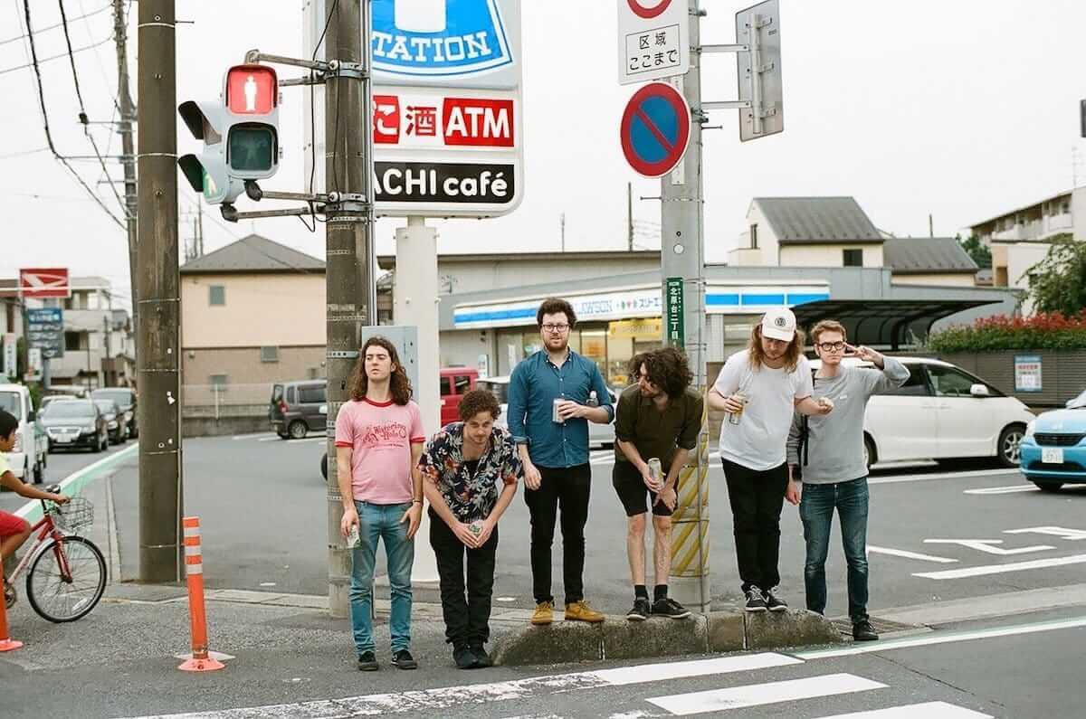 最初に覚えた日本語は「二日酔い」?ジャズとアートの街、メルボルンの空気をビール片手に伝達するジャズバンドThe Lagerphonesが来日 music180810-lagerphones-1-1200x795