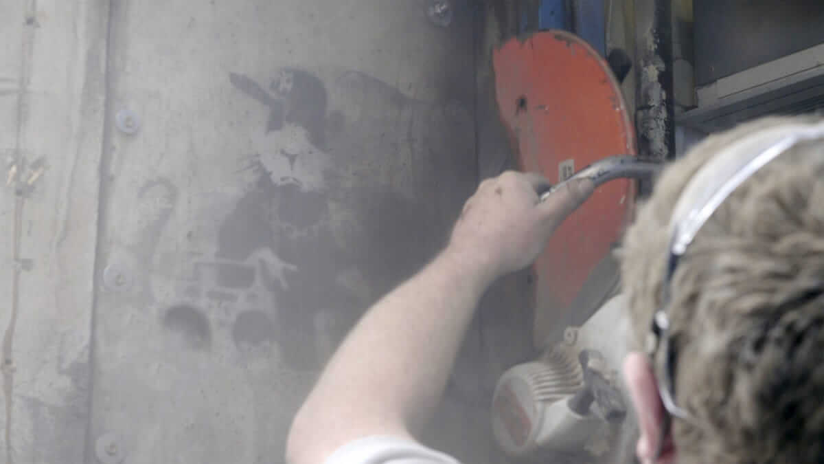 アートが放つ魅力と影響力に迫るドキュメンタリー映画『バンクシーを盗んだ男』場面写真が公開 film180605_banksy_09-1200x675