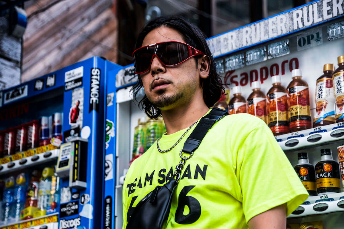 インタビュー | 大阪から世界へ——HIBRID ENTERTAINMENTのアルバム『HIBRID OR DIE VOL.1』は見据える未来への序章でしかない 0910_hibridentertainment-al_pickup_02-1200x801