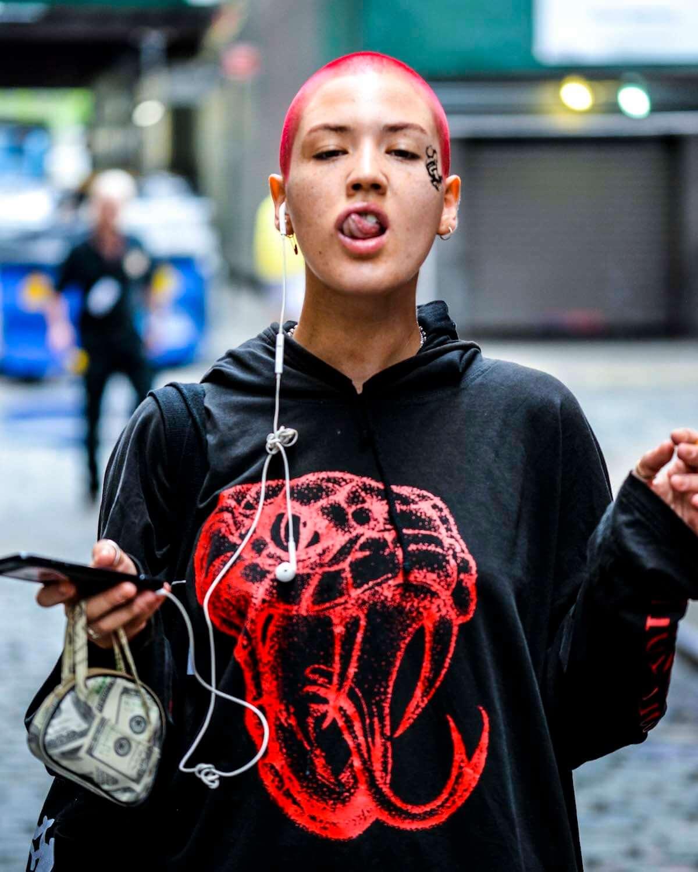 トレンドの出発点、NYファッションウィーク2018   最新ストリートスナップ vol.2 0914_nyfw201802_10-1200x1500