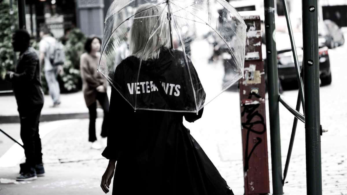 トレンドの出発点、NYファッションウィーク2018   最新ストリートスナップ vol.2 0914_nyfw201802_7-1200x675