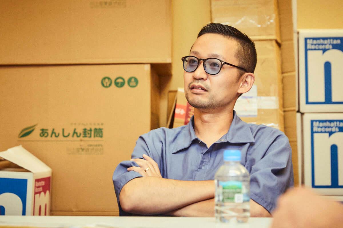 インタビュー | トラックメーカー・KMが『FORTUNE GRAND』で表現する、ユース世代のUS感と日本語ラップのその先 km-pickup_3-1200x800